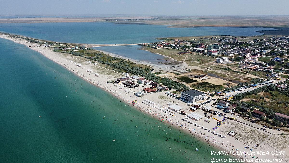 Песчаные пляжи п.Штормовое - одни из лучших в Крыму.