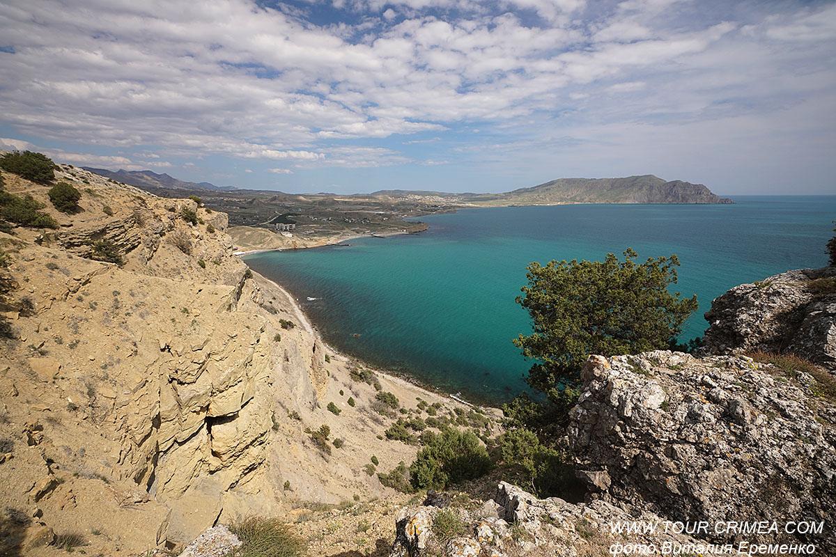 Лазурное море. Облака. Красивейшие обрывы мыса Алчак. Апрель в Крыму 2021