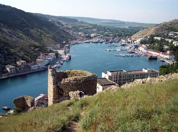 Отдых в Крыму. Балаклава, город, гавань, памятники