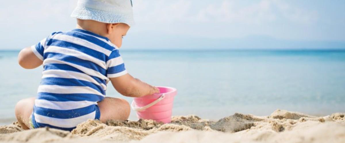 На побережье Азовского или Чёрного моря? Где лучше отдыхать с детьми